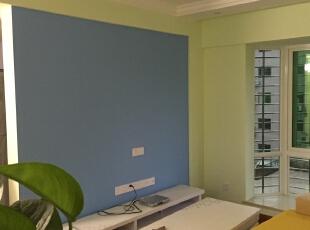 电视墙做L的一个小造型,用颜色区分,简单而美观!,80平,5000万,田园,两居,客厅,