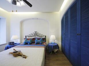 ,110平,16万,地中海,两居,卧室,白色,蓝色,