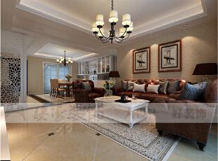 简欧风格就是简化了的欧式装修风格。也是目前住宅别墅装修最流行的风格。简欧风格更多的表现为实用性和多元化。简欧家具包括床、电视柜、书柜、衣柜、橱柜等等都与众不同,营造出日常居家不同的感觉。,125平,36万,欧式,三居,客厅,
