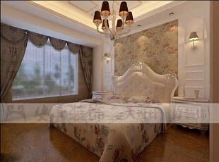 简欧风格就是简化了的欧式装修风格。也是目前住宅别墅装修最流行的风格。简欧风格更多的表现为实用性和多元化。简欧家具包括床、电视柜、书柜、衣柜、橱柜等等都与众不同,营造出日常居家不同的感觉。,125平,36万,欧式,三居,卧室,