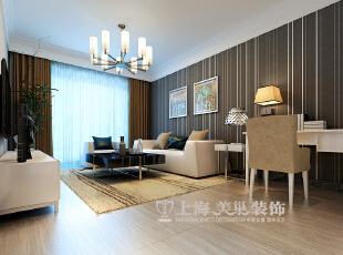 沙发背景墙的设计十分前卫,深棕色竖条纹的墙纸使沙发与书桌形成了巧妙的链接,给家居创造出相对开放的空间,解决了工作区域没地方安置的问题,同时让空间看起来更有独特性。,89平,6万,现代,两居,客厅,