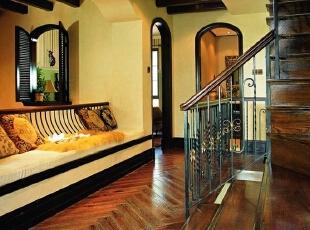 美式乡村_别墅装修,700平,70万,美式,别墅,楼梯间,
