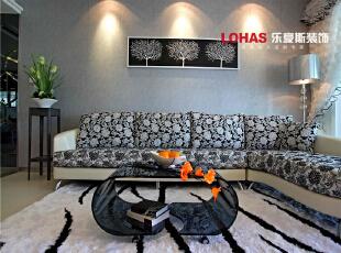简洁的沙发背景墙加上特有的沙发布艺设计,使得整个空间艺术气息浓厚,130平,11万,现代,三居,石家庄海棠湾装修,客厅,
