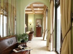 本案倡导的是一种对居住环境自然化。美式乡村风格的室内设计正体现了这一特点,同时也体现了业主休闲自然的生活模式;休闲自然的氛围,材料自然的质感,复合色彩的搭配与运用,丰富的陈设都是美式乡村风格的具体表现。,300平,60万,现代,一居,