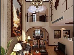 全抛釉瓷砖、质感涂料,水晶大吊灯让我们更是金碧辉煌,暖金色调不仅彰显了我们的贵族气质,更有一种艺术品位的彰显。,200平,21万,跃层,客厅,新中式装修,