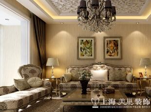 【三】客厅沙发背景墙  效果图解析:简欧风格的沙发背景墙,运用壁纸的元素,中间加上精心挑选的壁画。客厅看起来时尚又经典。,89平,9万,欧式,两居,客厅,
