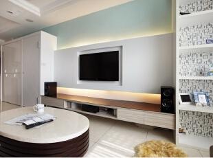 现代风格家居重视功能和空间组织,注意发挥结构构成本身的形式美,造型简洁,反对多余装饰,崇尚合理的构成工艺,尊重材料的性能,讲究材料自身的质地和色彩的配置效果,发展了非传统的以功能布局为依据的不对称的构图手法。,106平,12万,现代,三居,