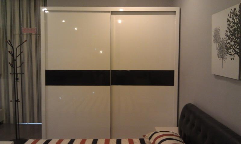 烤漆推拉门衣柜白色烤漆衣柜图片3