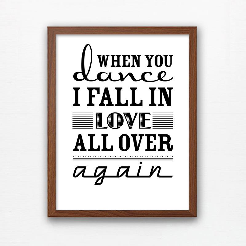 love创意挂画英文字母壁画 黑白装饰画现代简约 女朋友礼物床头画图片