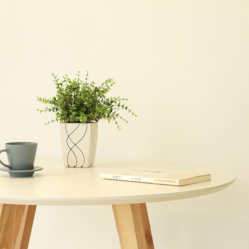 吱音卡瑞丽圆桌工作台烤漆小户型餐桌设计师实木家具北欧宜家简约