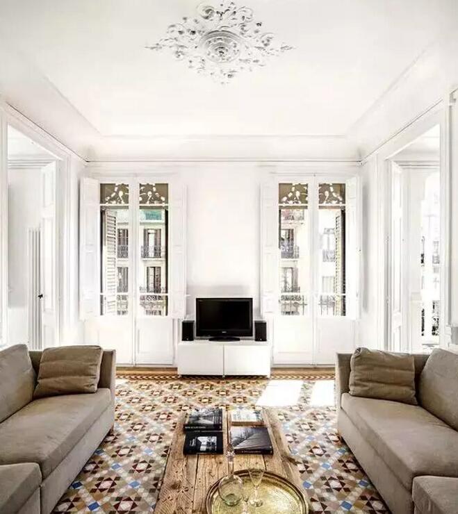 瓷砖这样铺贴,比地毯更美,还好打理!
