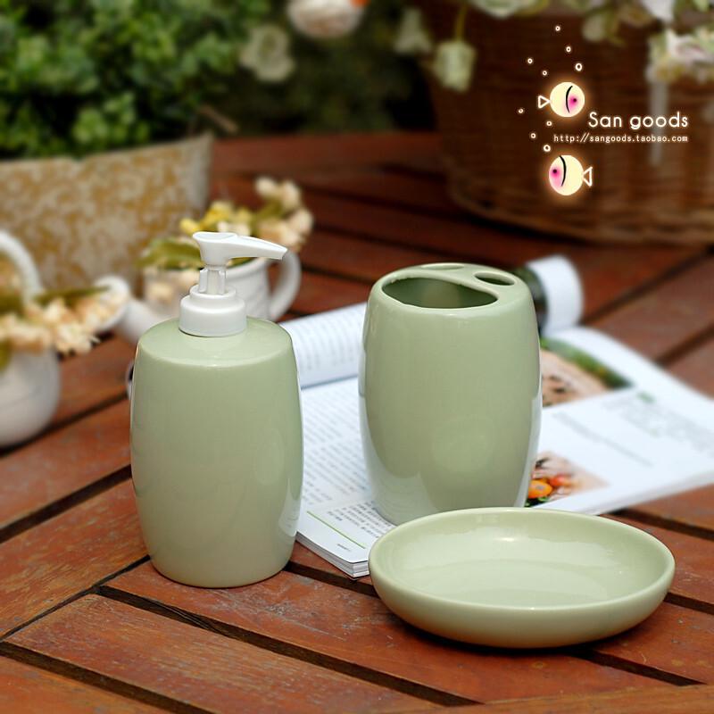 【山鱼良品】陶瓷卫浴三件套 香皂盒/洗手液瓶/笑脸牙刷罐 白色特,