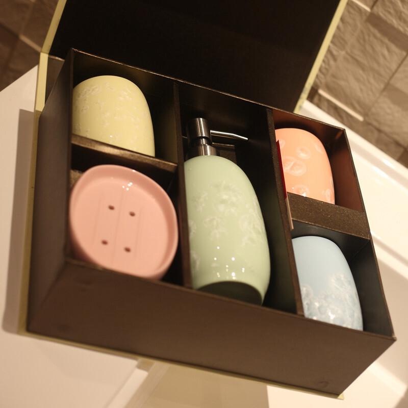【周年庆】高档玉冰瓷 卫浴室用品/五件套装 带精美礼盒,
