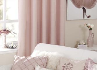 浪漫约会 粉色居来助阵