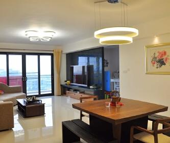 现代简约四室二厅