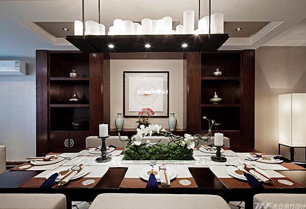 没有高贵的石材,没有华丽的装饰手法,唯有那质朴地板幽幽的透着一股木香,让人有一种淡定心宁的心境。,中式,客厅,原木色,40万,四居,175平,