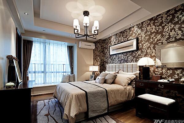 一个家所承载的更多不是富丽堂皇的装饰,而是一份别致有韵,温馨可依的居所。大隐于市,闲时只需一杯香茗,一本好书的私享生活.....,40万,卧室,原木色,175平,中式,四居,