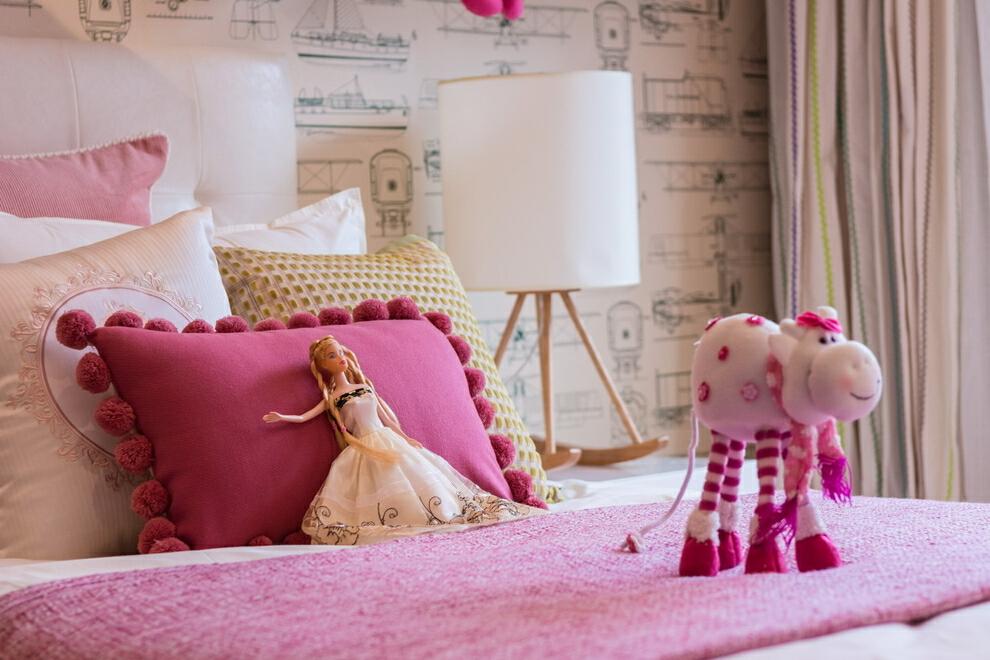 ,130平,四居,粉色,45万,现代,卧室,